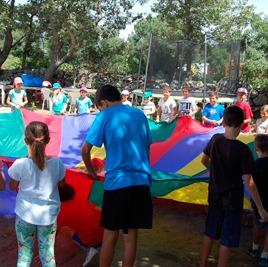 Juegos y Deportes de Campamento de Verano en Inglés
